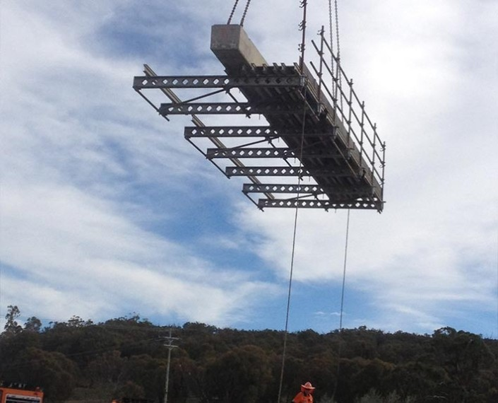 Crookwell bridge work for RMS.